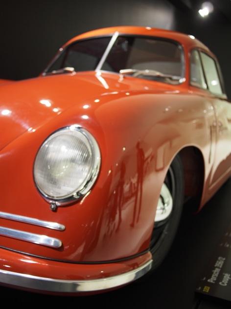 Visite du musée Porsche à Stuttgart