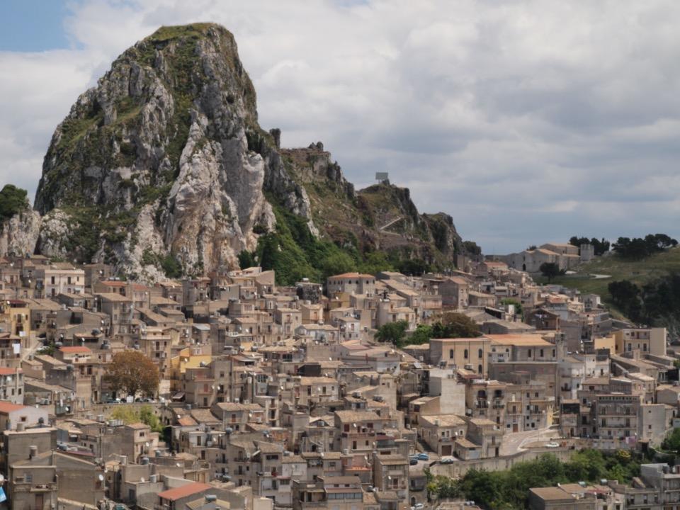 village sicilien