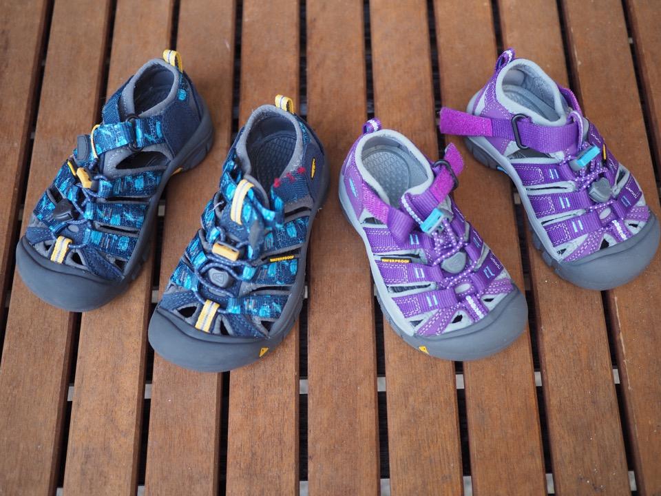 chaussures enfants pour Tour du Monde