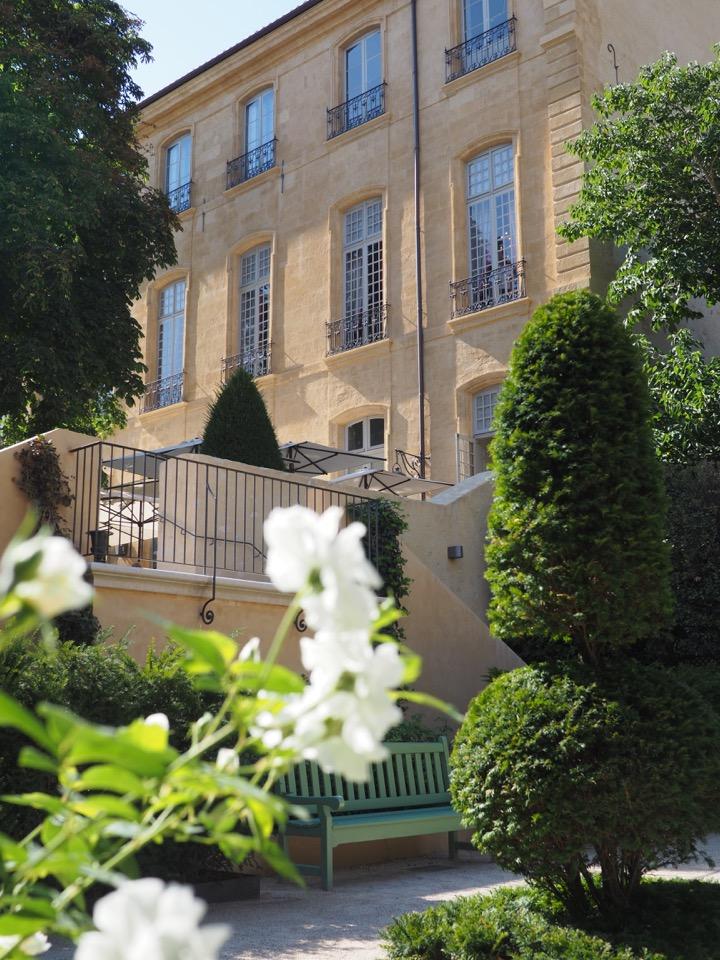 hotel caumont aix
