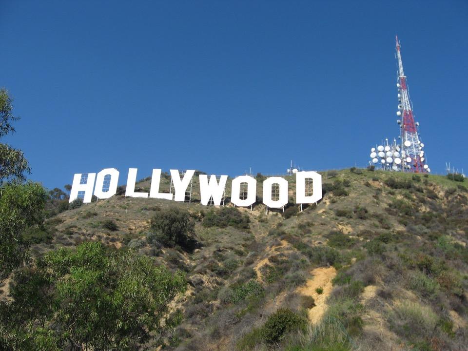 hollywood_signwikimedia
