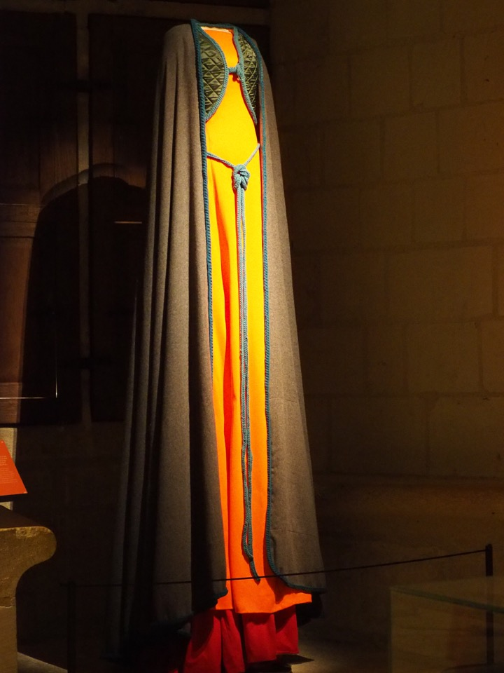 forteresse Chinon robes