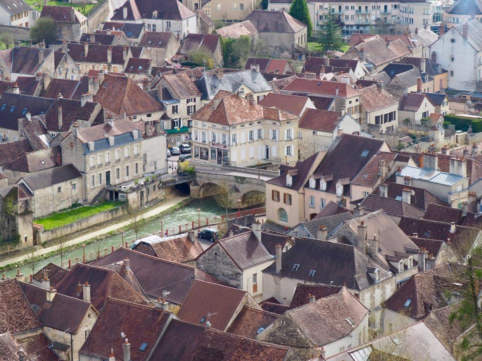 vue sur Montbard